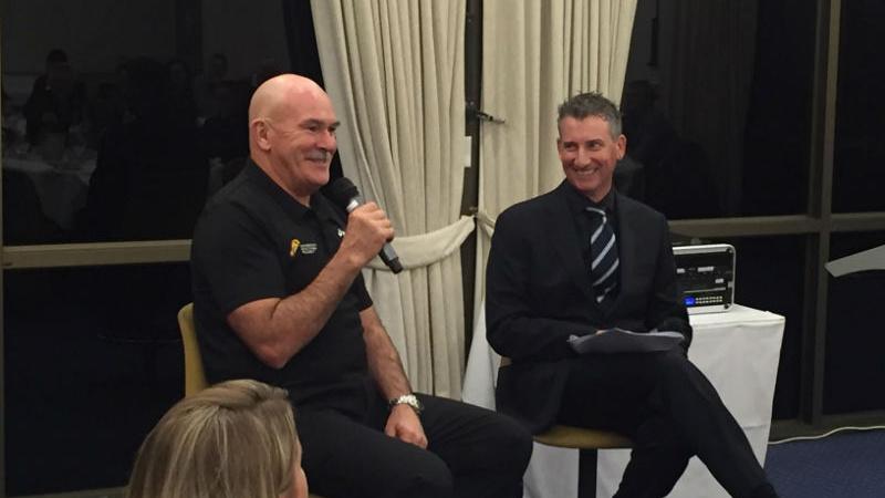 Host Federal Golf Club Sponsors  Evening with Rob De Castella 2016